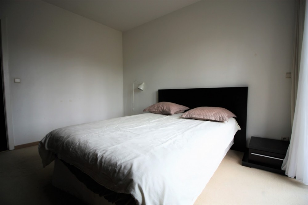 2 bed Property For Rent in Brussels,  - 8