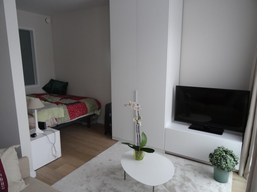 1 bed Property For Rent in Ixelles,  - 3