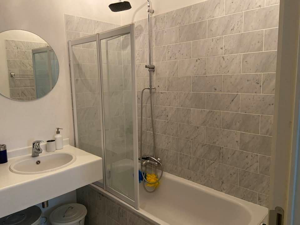1 bed Property For Rent in Brussels,  - 17