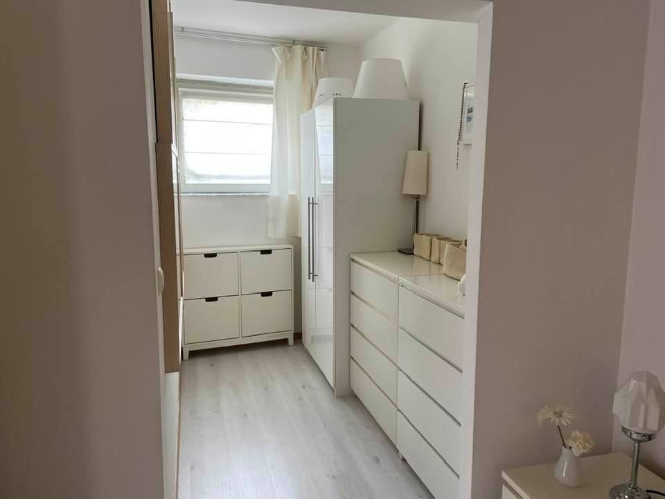 1 bed Property For Rent in Brussels,  - 14