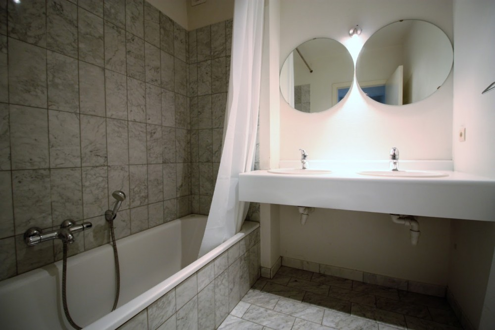 2 bed Property For Rent in Brussels,  - thumb 17