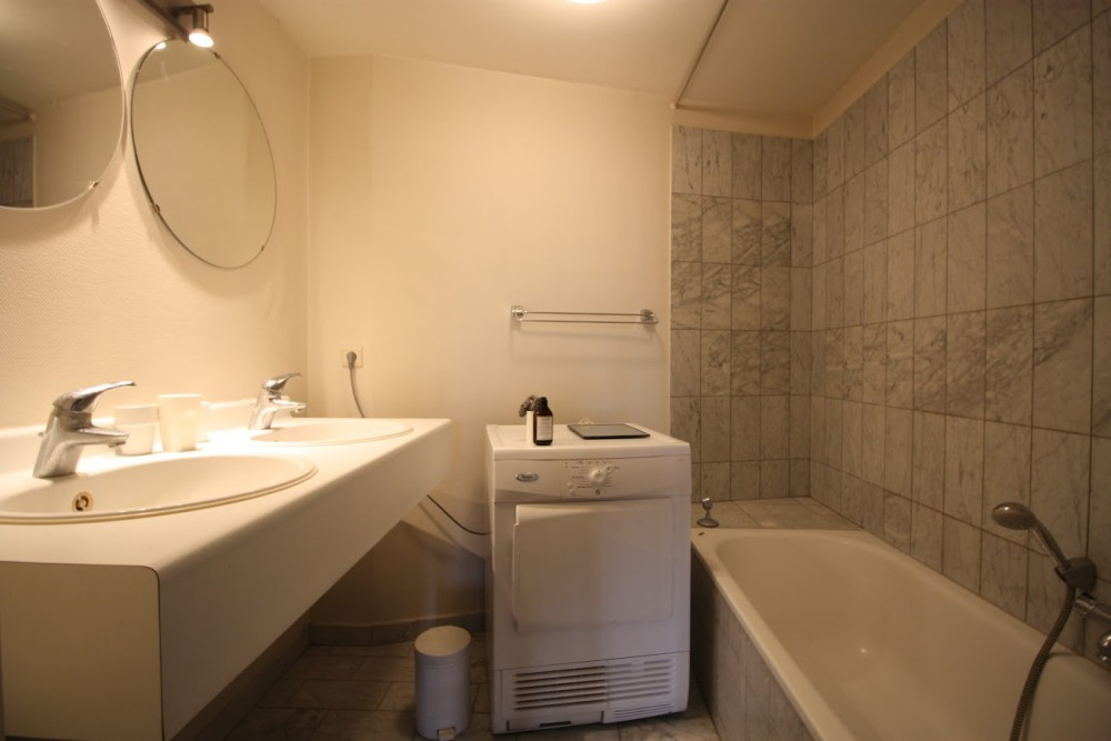 2 bed Property For Rent in Brussels,  - thumb 13